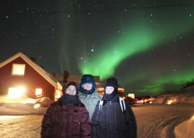 The Trio with the Northern Lights