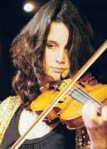 Lindsay Braga - violinist